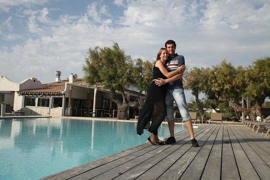 Hotel Les Arnelles : les Arnelles by pool