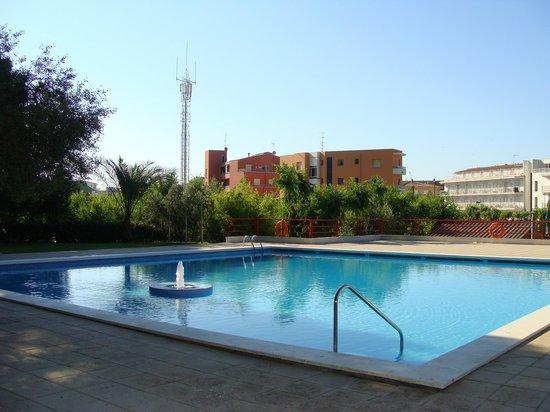 Camping Rifort: Super piscine, très calme le matin