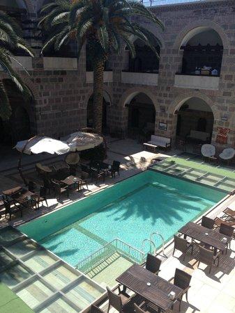 Kanuni Kervansaray Historical Hotel : Pool area II