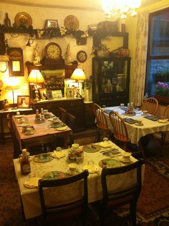 Kate's B&B: Dining room