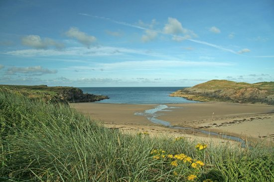 The Prince Llewelyn Bed & Breakfast: Cable bay near Aberffraw