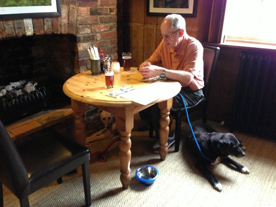 The Who'd A Thought It Inn Restaurant: Dogs are welcome in the bar.  Woof!
