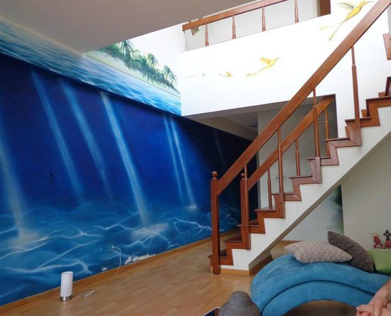 Safe in Lima: Beautiful murals adorn the lounge area.