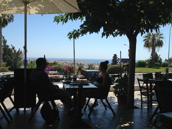 Christos Grill & Seafood : Great food with a great view