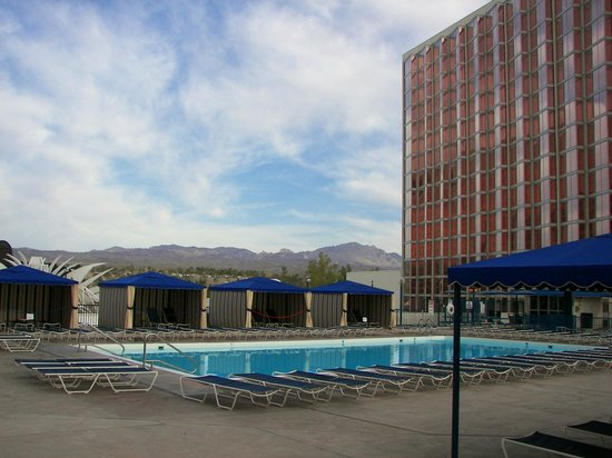 Aquarius Casino Resort: Pool