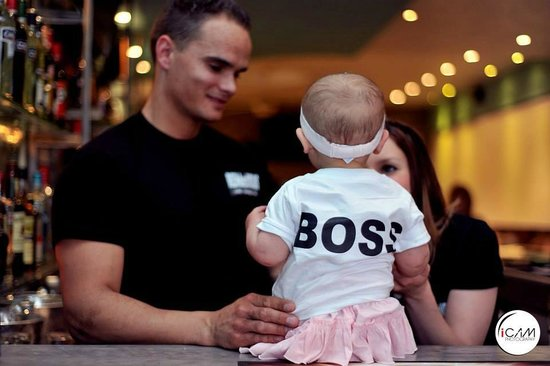 RENdezVOUS Cafe - Bar - Lounge: THE BOSS