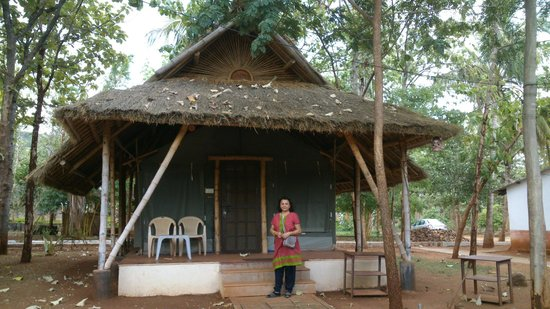 Anandadhama Retreat: The tent where we stayed