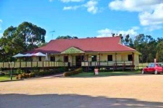 The Coach House Cafe: Lyra Views Cafe