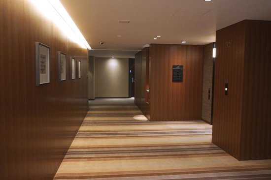 The Strings by InterContinental Tokyo : Lift lobby