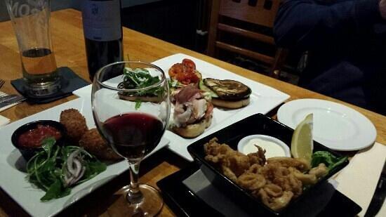 Brooklyn SQ: Italian flavours. Irish hospitality. Fantastic night out.