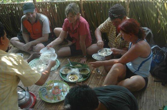 CocosTravel   Day Tours: Spontane Einladung Indonesische Hochzeit