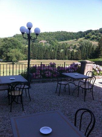 Villa Campestri Olive Oil Resort: Hotelterrasse