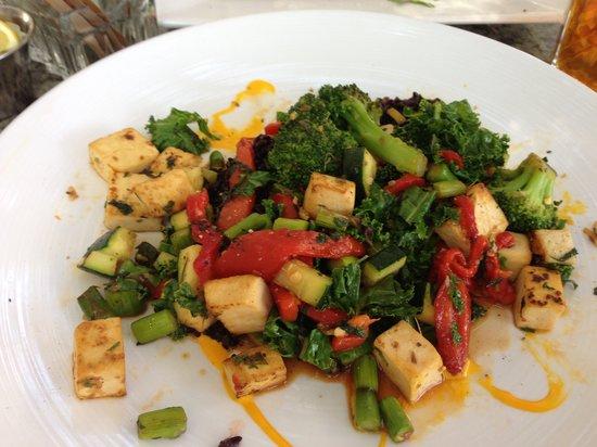 Pyramid Bistro : Asian tofu stir fry