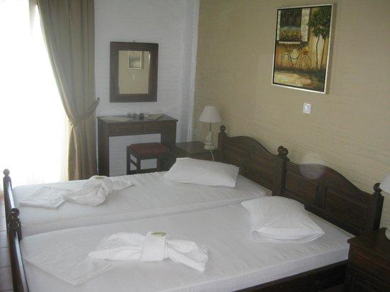 Agali Bay Hotel: room 105