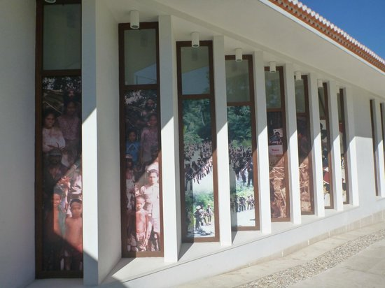 The Archives & Museum of East Timorese Resistance : 側面