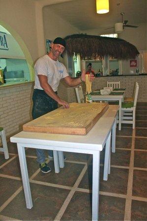 Casa Nostra: Chef making pasta