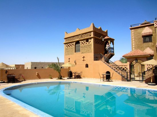 Riad Nezha : View from the pool; room