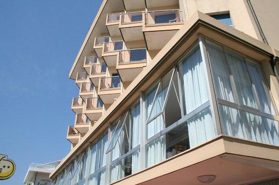 Hotel Delfino Riccione Vacanze Urlaub Holiday