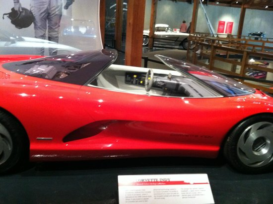 Heritage Museums & Gardens: Automobile Exhibit