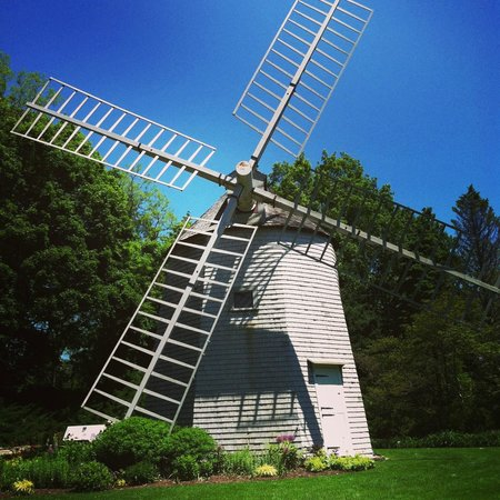 Heritage Museums & Gardens: Windmill