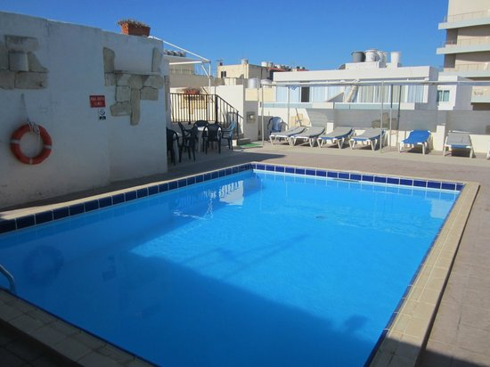 The Mediterranea Hotel & Suites: small pool