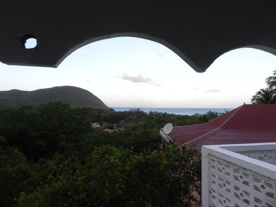 Gites Mangoplaya: la vue depuis la terrasse couverte