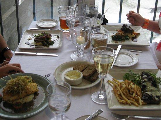 Simon Pearce: Dinner