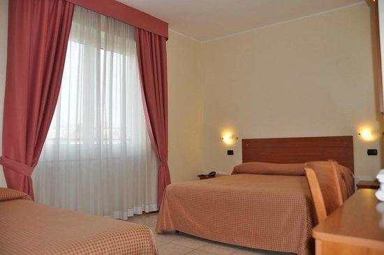 Hotel Belforte: camera matrimoniale