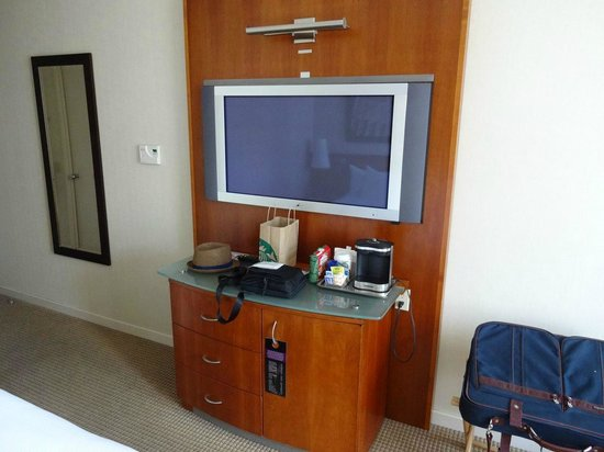 Millennium Hilton New York Downtown: Room 3504