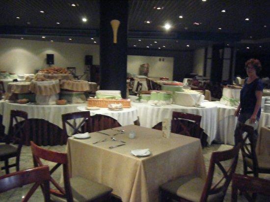 The Jardins d'Ajuda Suite Hotel: La salle a manger