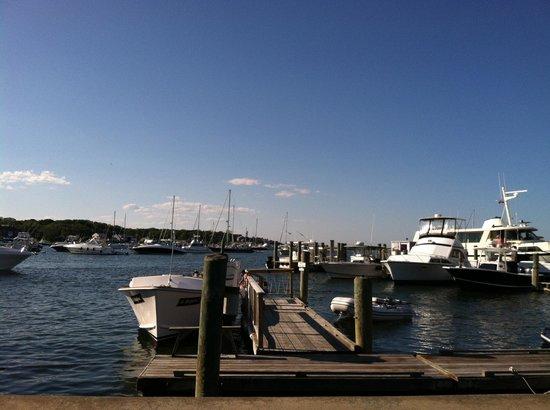 Attleboro House: Harbor