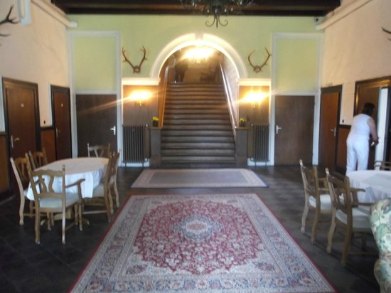 Hall d\'entrée de la maison - Picture of Jagdschloss ...