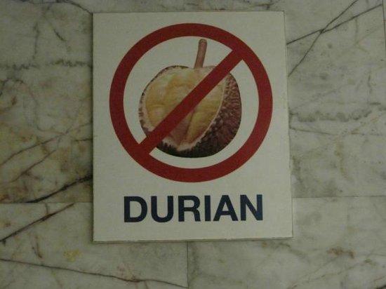 Eastiny Seven: Durian.Stinkfrucht ist in Hotels nich elaubt