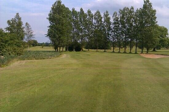 Brandon Golf Course: the 7th at brandon