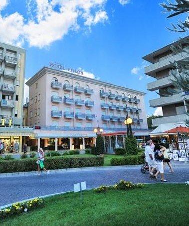 Hotel Mit Hund In Bibione Italien
