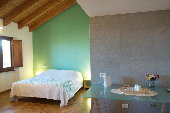 Bed and Breakfast Cascina delle Mele: La camera