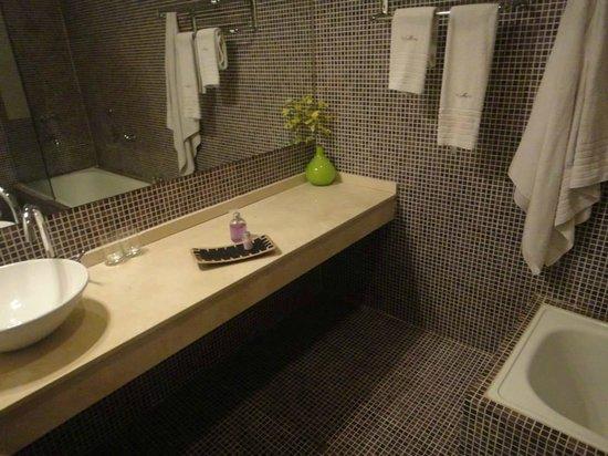 Villa Mansa Wine Hotel & Spa: Hermosos Baño