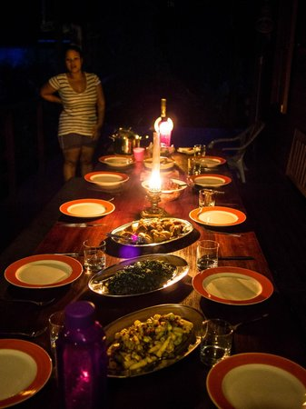 Kurakura Homestay : Nightly feast prepared by Liza