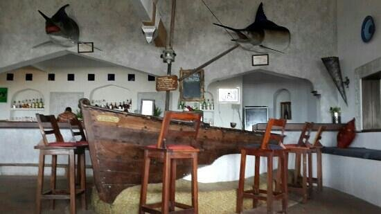 Ocean Sports Resort: The Reclaimed Boat Bar