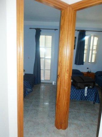 Maribel Apartamentos: the rooms