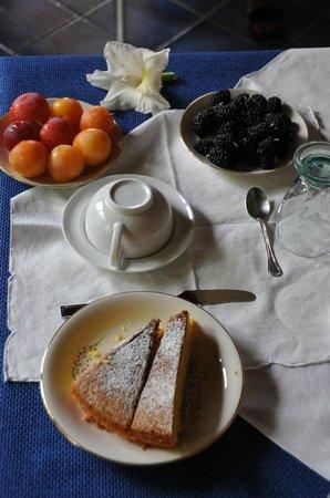 B&B Maratea Garden House: La colazione