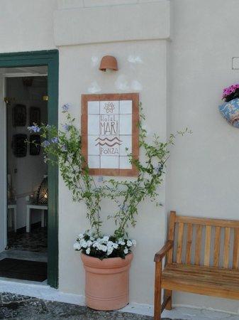 Hotel Mari: Ved indgangen