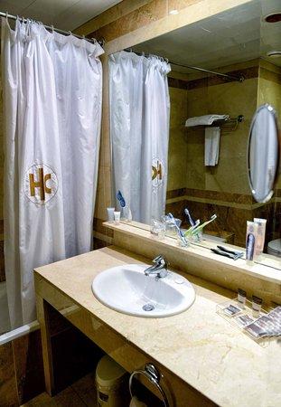 Catalonia Conde de Floridablanca: Bathroom 1