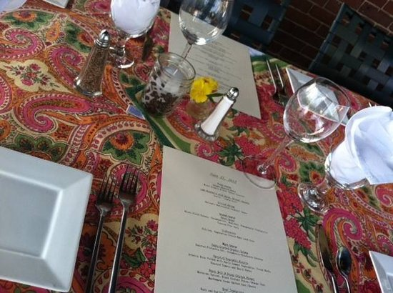 The Parker House Inn and Restaurant: Bistro dining