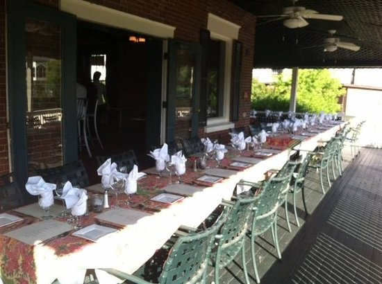 The Parker House Inn and Restaurant: Large River Side Event