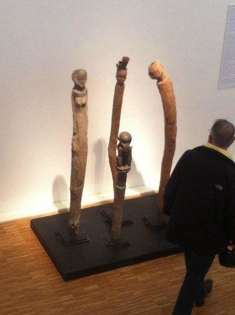 Espace Rebeyrolle: totems bruts