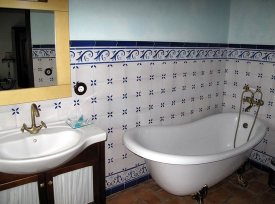 Posada San Fernando: The bathroom in room 4