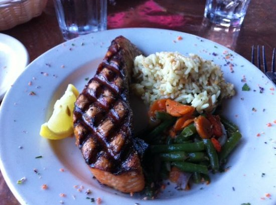 Yacht Club Broiler: Delicious salmon cooked to order.
