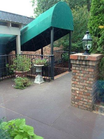 Lafayette Garden Inn & Conference Center : Add a caption