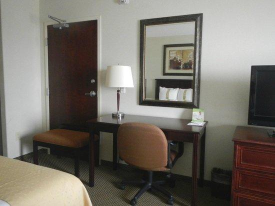 Holiday Inn Hotel & Suites Lloydminster: Workspace